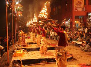 Ganga-Arti-in-Varanasi.jpg