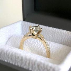 Engagement-ring-testimonial.png